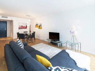 1 Bedroom condo at Louis Boheme Building - 940, Montréal