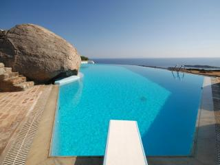 Enjoy amazing views close to Mykonos best beaches!, Plintri