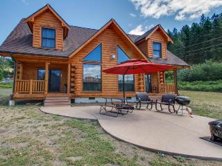 Gorgeous dog-friendly family lodge close to skiing and lake, Leavenworth