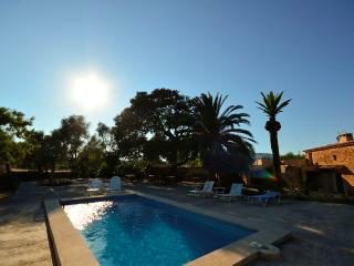 Renovated Majorcan country house with pool., Capdepera