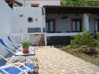 Villa Claudia, Isola di Salina
