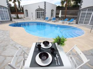 White Apartment Boutique 2, Corralejo
