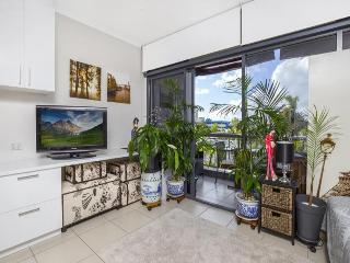 Sunshine Towers 305 - Studio Apartment, Cairns
