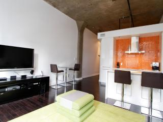 1 bedroom VIP executive suite - 387, Montreal