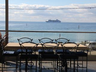 Luxury Room 1 - The Esplanade Bed & Breakfast