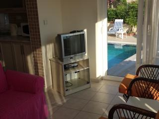 2 BEDROOM LUXURY APARTMENT OPEN TO SWIMMING POOL, Hisaronu