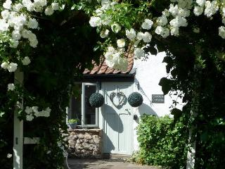 MAGOR Cottage in Caldicot, Magor