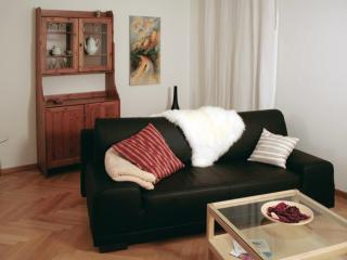Vacation Apartment in Dresden - quiet, central, comfortable (# 8802)