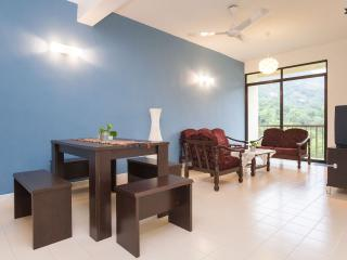 Clean & Cozy 3 Room Apartment across the Beach, Batu Ferringhi