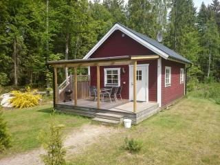 Cottage Abborren with lake view (free Wi-Fi)