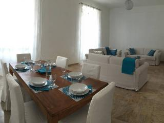 Campo de' fiori 3 bd apartment spacious and bright
