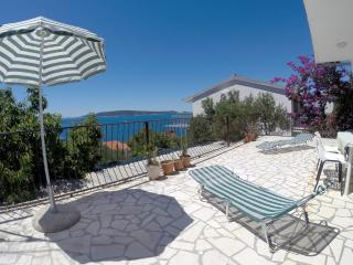 Holiday House Okrug Donji-Trogir