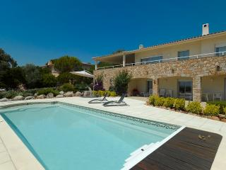 detached villa at sea side  with pool, Sainte Lucie de Porto-Vecchio