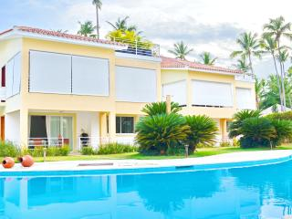 2BDR with WiFi, Pool on the Beach!, Bávaro