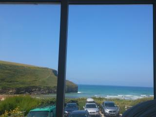 Seaview house Mawgan Porth