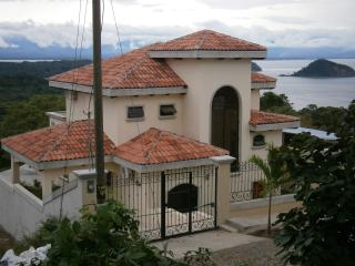 Private Home w Breathtaking Views Gulf of Nicoya ALA BLANCA HILLS