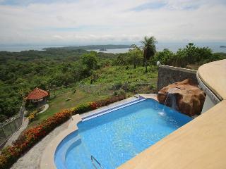 Private Home w Breathtaking Views Gulf of Nicoya ALA BLANCA HILLS