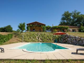 luxurious Villa with Guesthouse, Saint-Gaudens