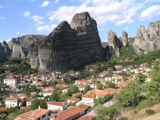 Quadrupe Sotiriou with Meteora view