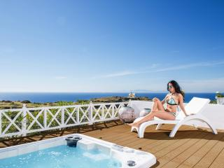 "OIA SUNSET VILLAS - villa ""PEARL"" -  Pools & Spa"