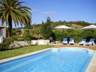 Holiday cottage, Algarve, Mexilhoeira Grande