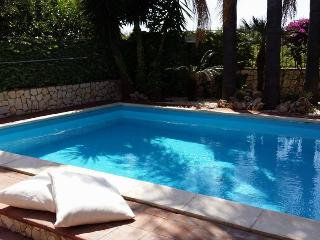 Villa Euthalia con piscina, Riposto