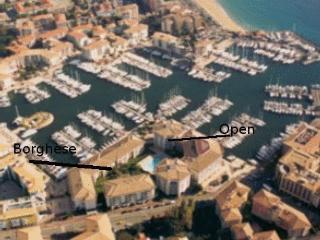 Bord de mer Port Frejus, plage 3' a pied, piscine