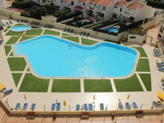 Holiday apartment Montechoro with shared pool, Albufeira