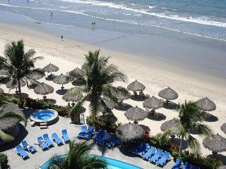 Playa Royale Luxury Condo