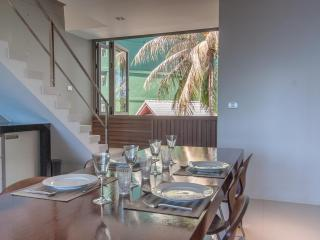 Absolute Luxury 2Bdr Beachfront Penthouse, Pak Nam Pran