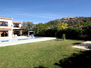 Vineland No. 6 -  A 3 bedroom private luxury villa, Pissouri