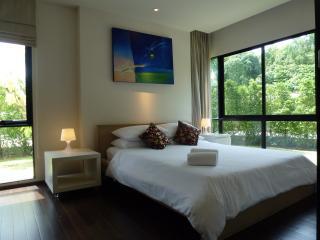 Phuket, Rawai, 1 bedroom beachfront condo