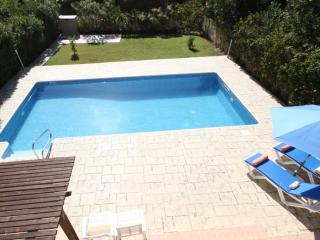 Vineland No. 6 -  A 3 bedroom private luxury villa