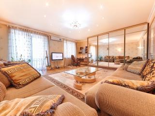 3-room apartment with an ideal location - Puskin37, Chisináu