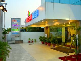 Hotel Flora Inn, Nagpur