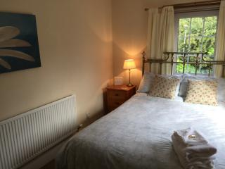 Double Bedroom, Overlooking The Community Garden