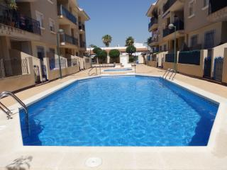 2 Bed Pentouse with Pool and roof terrace, Los Alcázares