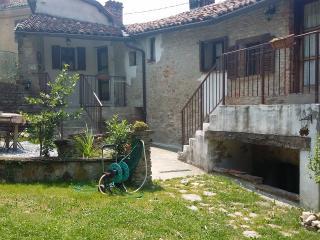 Casale Donadei - Associazione Dai Gas, Belvedere Langhe