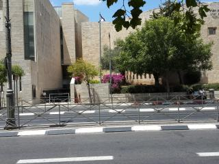 Cheap and pretty in Jerusalem Center!