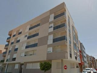 Piso de 2 habitaciones y parking, 3 min playa