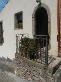 entrance to Casuzza