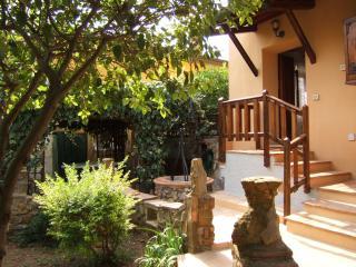 casa con giardino privato, animali ammessi, Gavorrano
