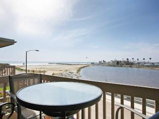 Beachfront gem with amazing 180 views of the ocean