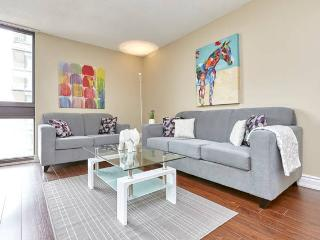 MODERN LUXURY furnished suite DOWNTOWN yorkville 8, Toronto