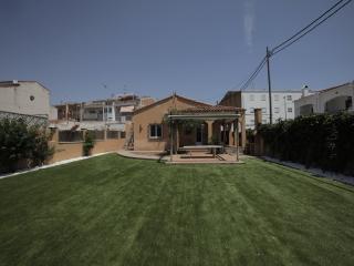 Casa con jardín, Cubelles
