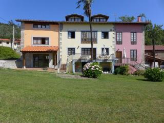 Casa Marcos, Andrín