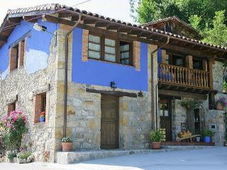 Casa rural La Xica  en pueblo tranquilo y vistoso.