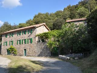 La Baraque, La Rouvière, Maison de caractère rénovée, pleine nature.
