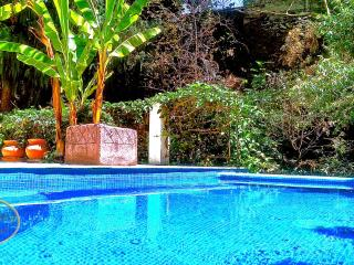 Turquesa House + Boutique. Casa Bed & Breakfast, Cuernavaca