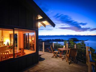 Nelson New Zealand Abel Tasman Villa.